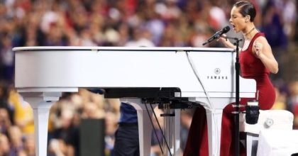 Alicia Keys piano wrap at the Super Bowl (Credit: Getty Photo)