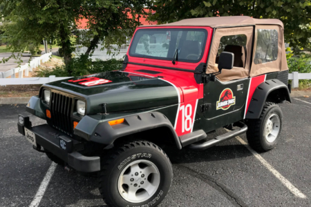 Custom Jeep Graphics Installed by 12-Point SIgnWorks in Franklin, TN