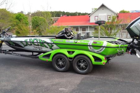 Custom Boat Wrap Installed by 12-Point SignWorks/ Franklin TN