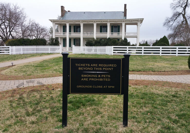 Aluminum post and panel sign for Carnton Mansion in Franklin, TN by 12-Point SignWorks.