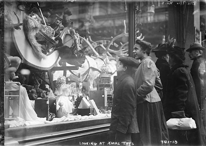 One of the earliest Christmas window displays in New York City.