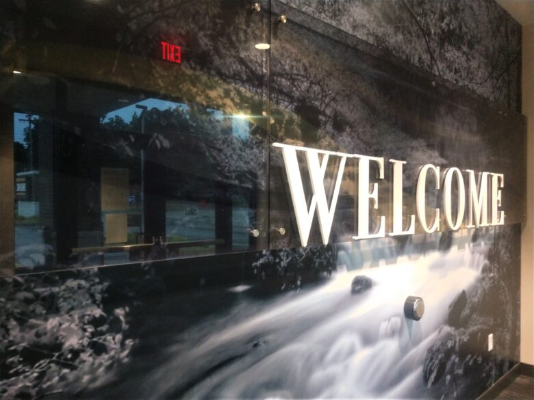 Lobby Wall Graphics for West Plains Bank & Trust Company