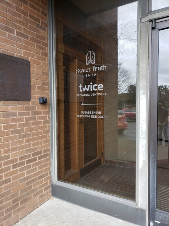 Etched Vinyl/ Window Graphics for Twice Pediatric Dentistry & Sweet Truth Dental Brentwood, TN 12-Point SignWorks